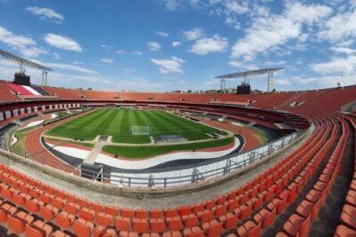 Comitê Científico autoriza volta do público aos estádios de São Paulo