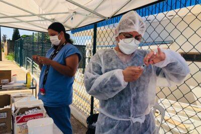 Artur Nogueira recebe 2.968 doses da vacina contra a Covid-19